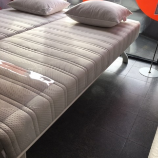 showroommodel Auping Bedmodel Royal